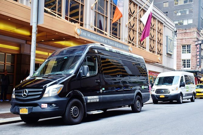 Shared Arrival Transfer Skip-the-Line: New York Airports to Hotel