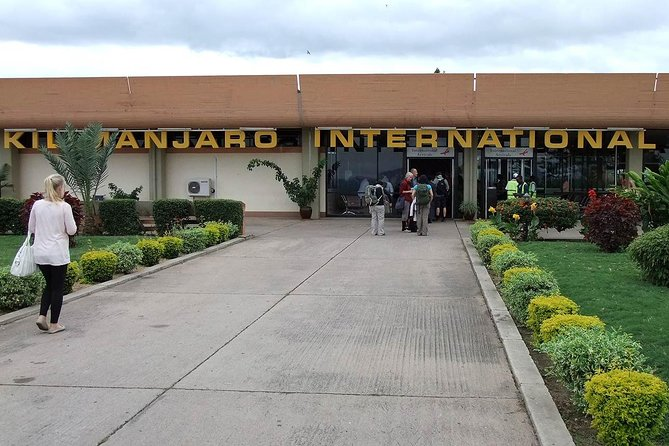 Kilimanjaro Airport Return Transfers to and From Arusha Hotels