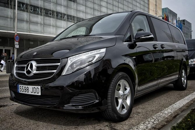 Arrival Private Transfer Glasgow GLA Airport to Glasgow City by Luxury Van