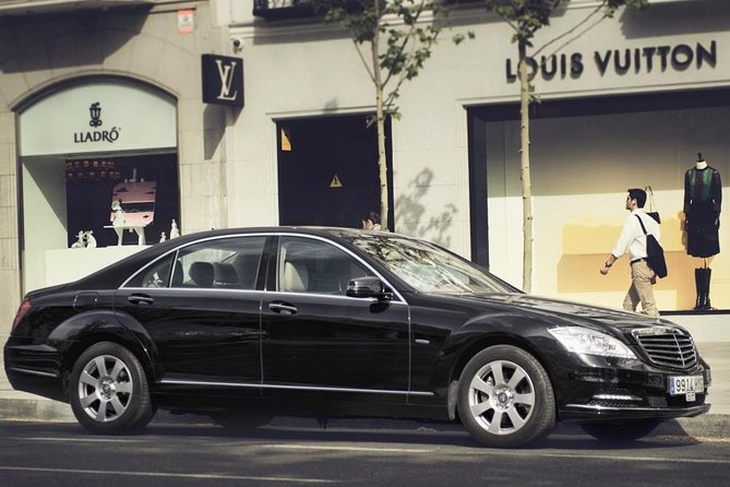 Departure Private Transfer Glasgow City to Glasgow GLA Airport by Luxury Car