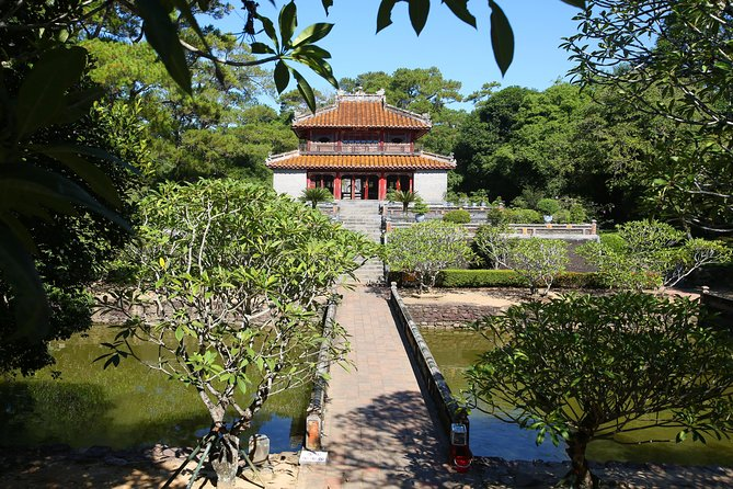 Hue City Tour 3 Tomb & Citadel Sightseeing Perfume River By Dragon Boat