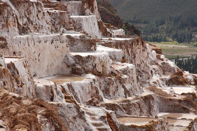 Moray Terraces and Maras Salt Mines Day Trip