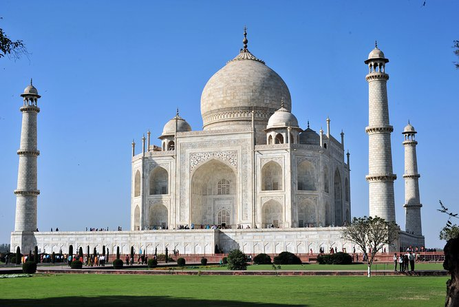 Taj Mahal Day Tour by Gatimaan Express Train photo 4