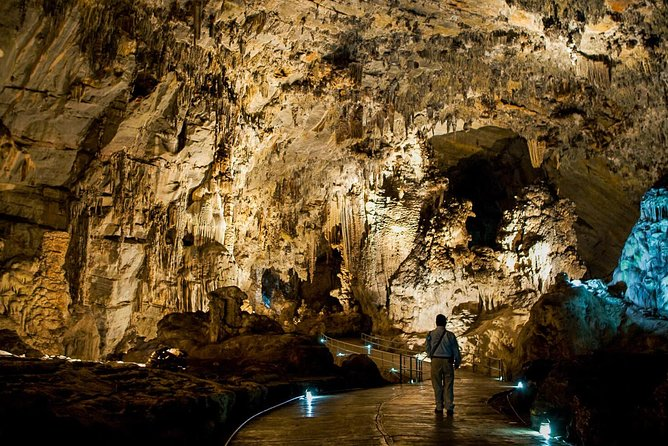 Cacahuamilpa Caves and Taxco: Private Tour From Mexico City