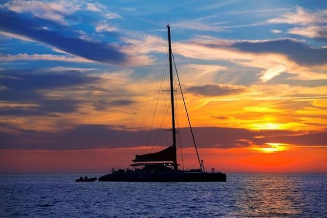 Private Romantic Sailing Sunset Experience photo 4