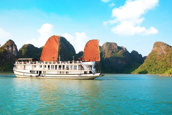 Ha Long Bay 2D1N on a 3-Star Cruise
