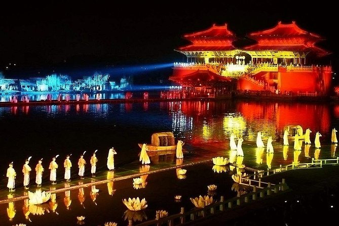 Kaifeng Afternoon Tour with Millennium Park Night Performance from Zhengzhou