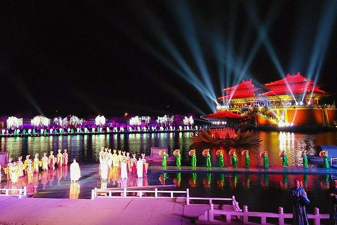 Kaifeng Afternoon Tour with Millennium Park Night Performance from Zhengzhou photo 10