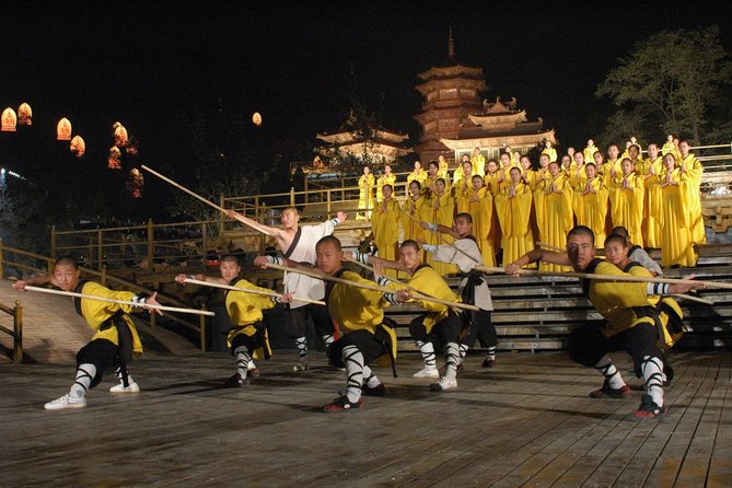Private Tour to Zhongyue Temple, Shaolin Temple and Zen Music Ceremony from Zhengzhou