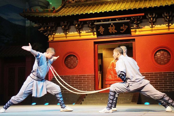2-Day Private Trip to Shaolin Temple and Sanhuang Village Resort from Beijing