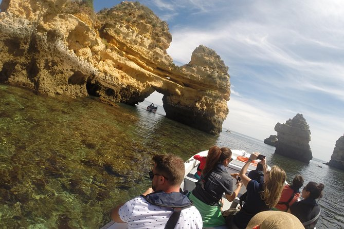 Guided tour of the caves to Ponta da Piedade.