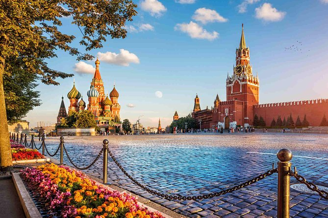 Moscow private walking tour with St Basil's visit