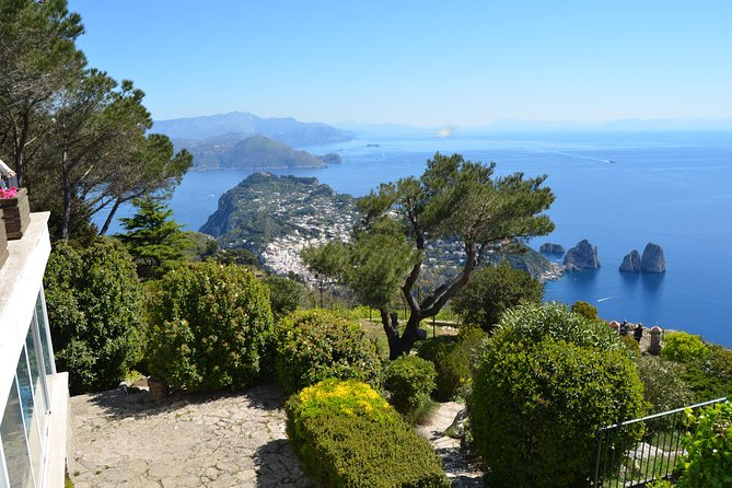 Capri Boat Tour, Blue Grotto and Anacapri from Rome
