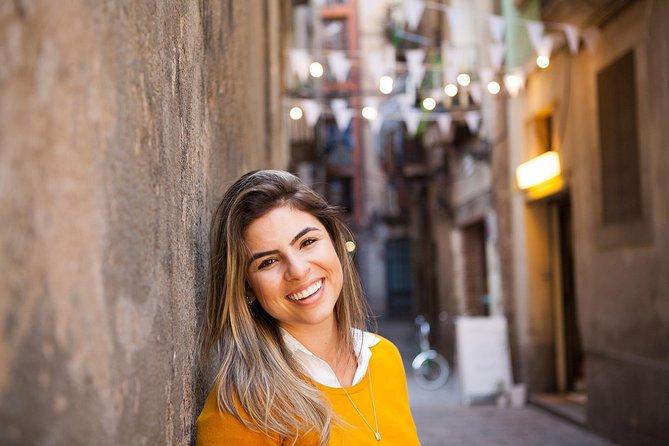 Photo shoot tour in Barcelona secret corners