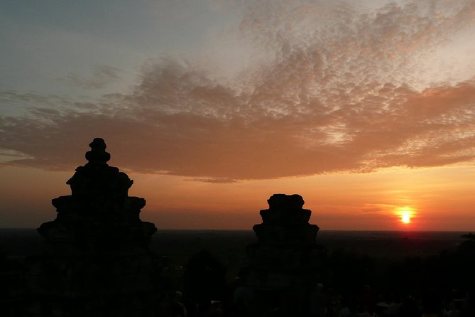 Private Angkor Wat Guided Sunset Tour