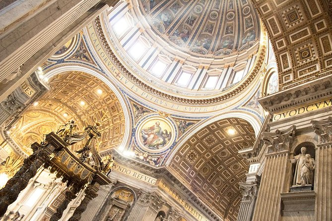 Fast Access Vatican Raphael Rooms Sistine Chapel & St Peter Basilica guided Tour photo 2