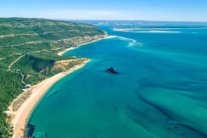 Arrábida Natural Park and Sesimbra Private Tour from Lisbon with Wine Tasting