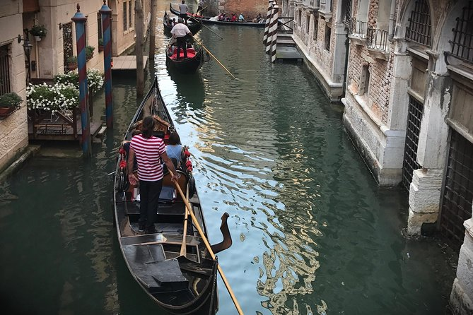 Venice: Grand Canal by Gondola with commentary photo 10