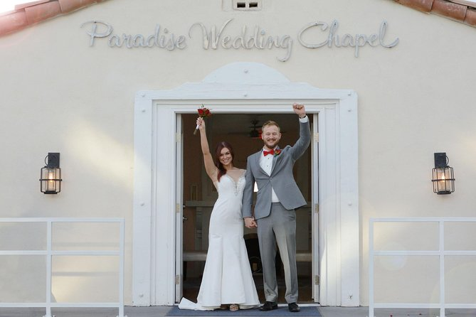 Las Vegas Wedding at Paradise Wedding Chapel