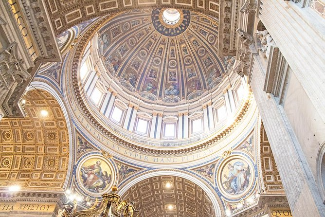 Private Sistine Chapel & Vatican Highlights Tour with Fast Access & Hotel Pickup
