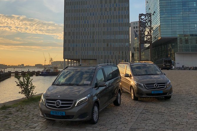 Private Customizable day tour from or to Rotterdam