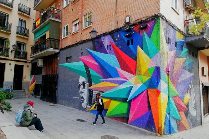 Enjoy urban and street art in Madrid!