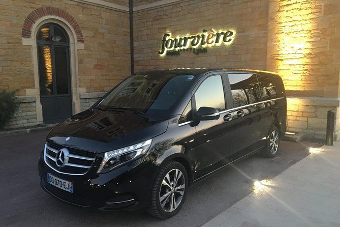 Private Arrival Transfer: Lyon-Saint Exupery Airport to Lyon Hotel