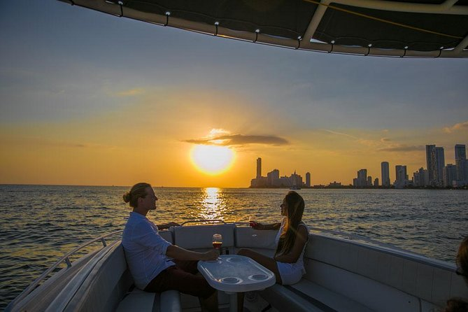 Amazing Private Sunset in Cartagena Bay