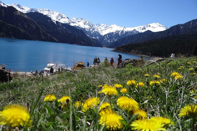 Private Round-Trip Transfer to Tianchi Lake at Tianshan Mountains from Urumqi photo 3