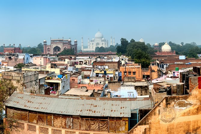 Same Day Taj Mahal and Agra Tour from Pune with Return Flights