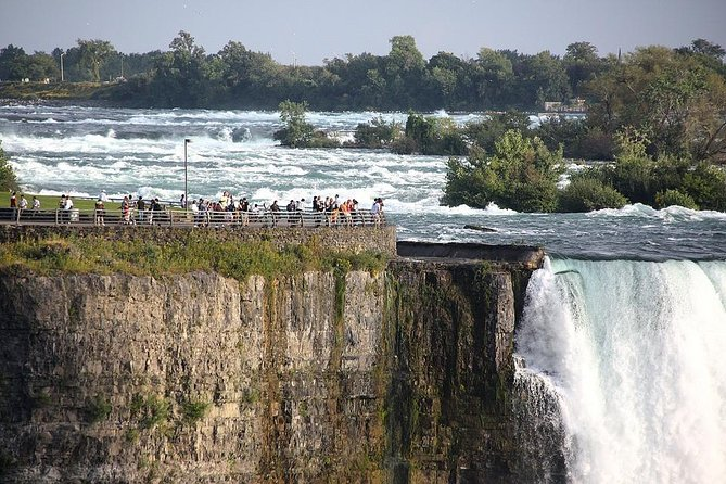 Niagara Falls Canada Tour from Niagara USA