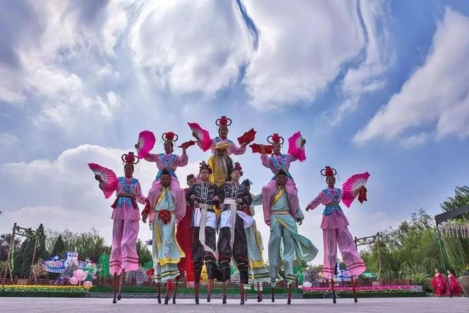 Kaifeng Afternoon Tour with Millennium Park Night Performance from Zhengzhou photo 6