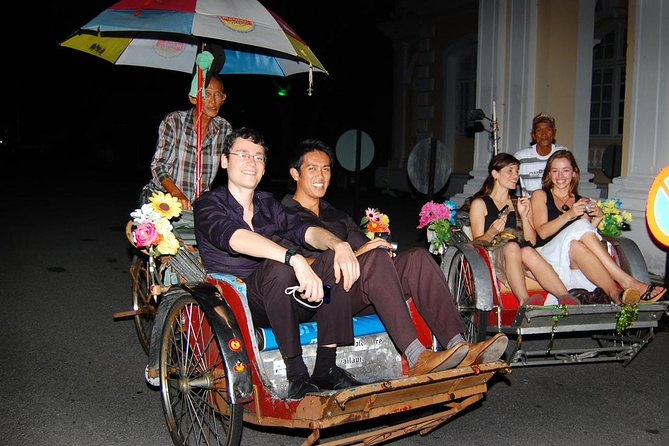 Penang Night Tour with Trishaw Ride & Dinner