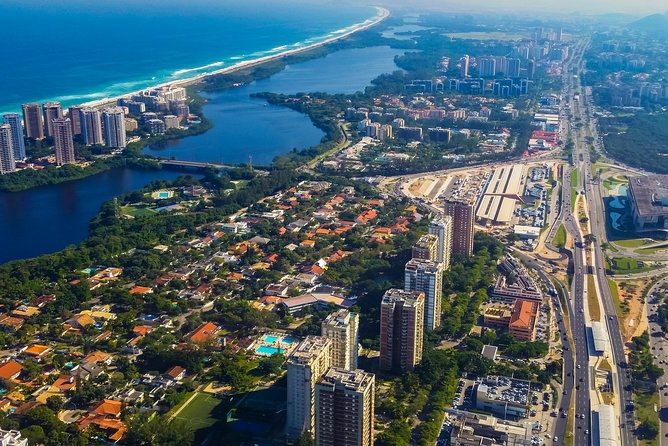 West Side Story of Rio: Barra da Tijuca, its natural and cultural attractions.
