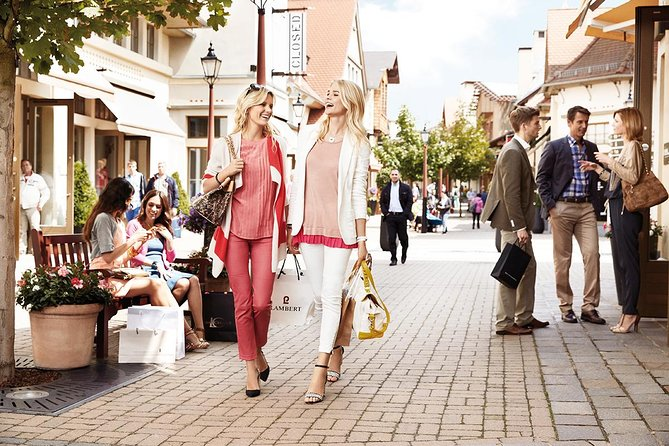 Rome: Private Shopping Tour - 8 hours