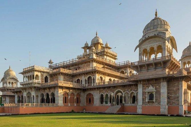 Jaipur on 4x4 wheels