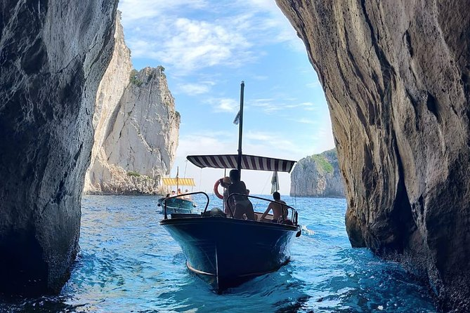 Capri Private Boat Tour from Capri (4 hours)