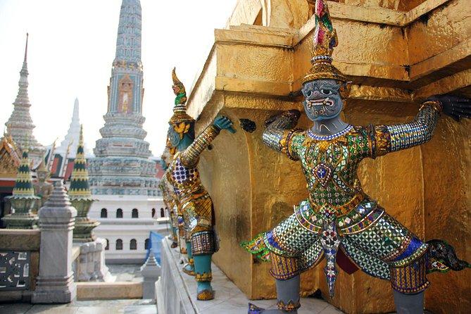 Exploring Bangkok with private tour 2 days