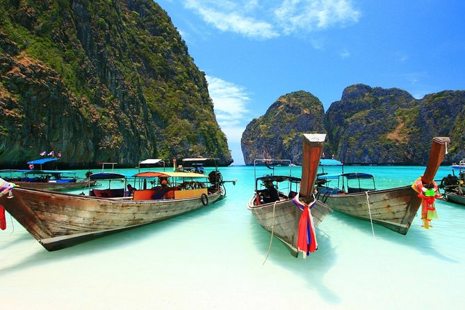 Phi Phi Islands by Ferry with Snorkeling and Lunch