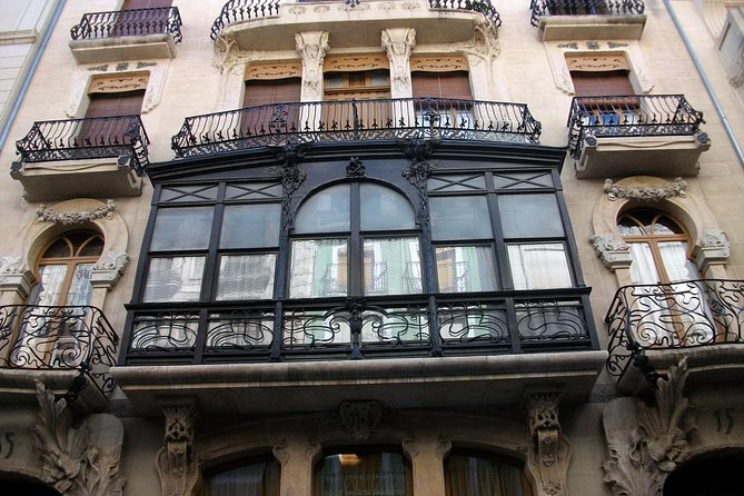 Alcoy Walking Tour on the Modernist Route photo 8