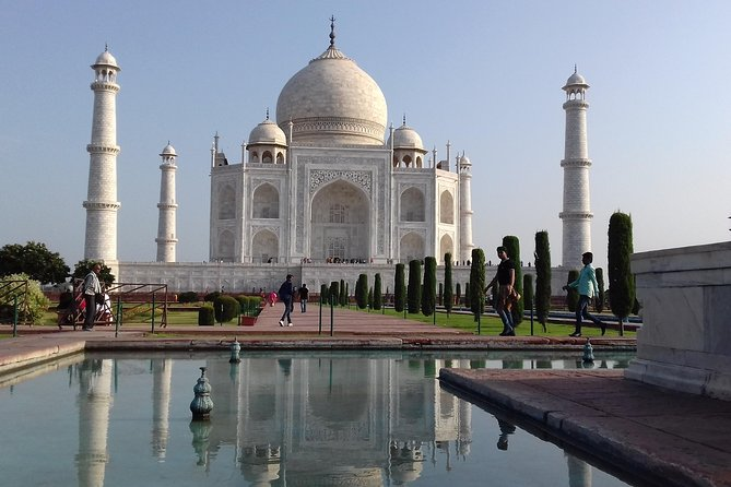 Taj mahal Agra local tour with car and Guide