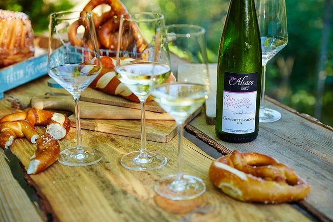 Aperitif at the winemaker with cellar visit and wine tasting in Alsace