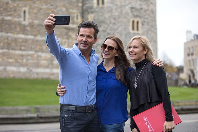 Royal Windsor Private Car Tour from London