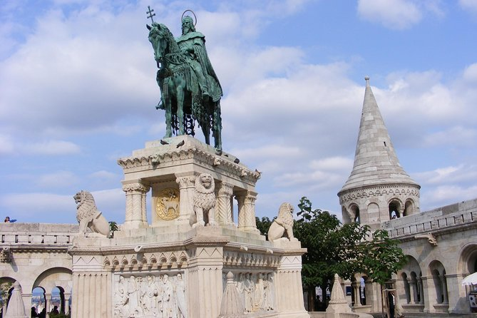 Budapest Castle District Sightseeing Tour photo 6