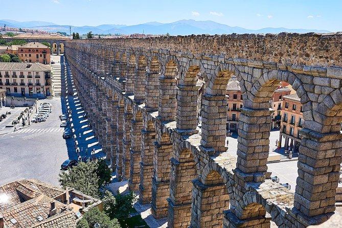 TOUR PRIVADO: Toledo e Segóvia de dia inteiro saindo de Madri