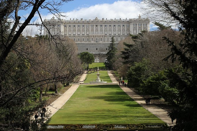 Guided Tour with Preferential Access to the Royal Palace of Madrid photo 7