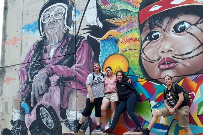 Comuna 13 and exotic fruits Tour
