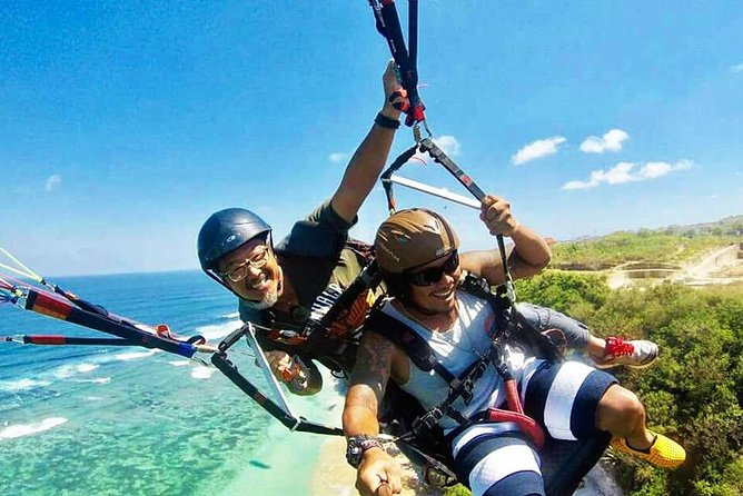 The Best Paragliding In Bali With Private Hotel Transfer