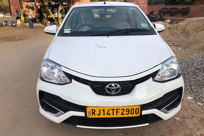 One Way Transfer From Jaipur To Agra in AC Vehicle With Optional Stops