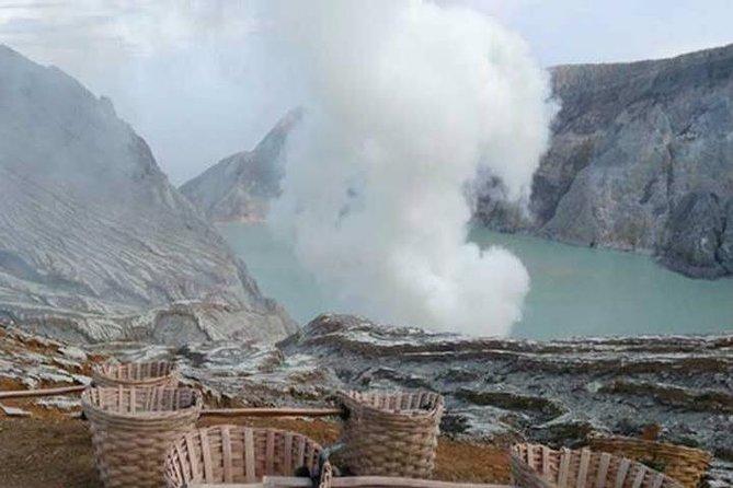 Active Volcanoes Bromo and Ijen - Start Surabaya 3 Days and 2 Nights